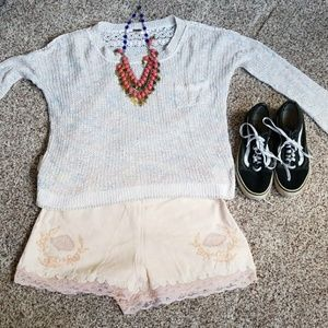 Perfect beach night outfit! Free people💛🌱🌿🌻